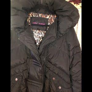 Betsey Johnson Jackets & Coats - Bestsey Johnson down blend puffer coat black Large